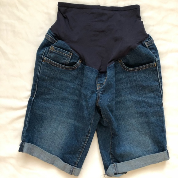 Old Navy Pants - Old Navy Maternity Shorts Sz 2